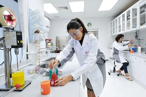 Phát triển công nghệ sinh học